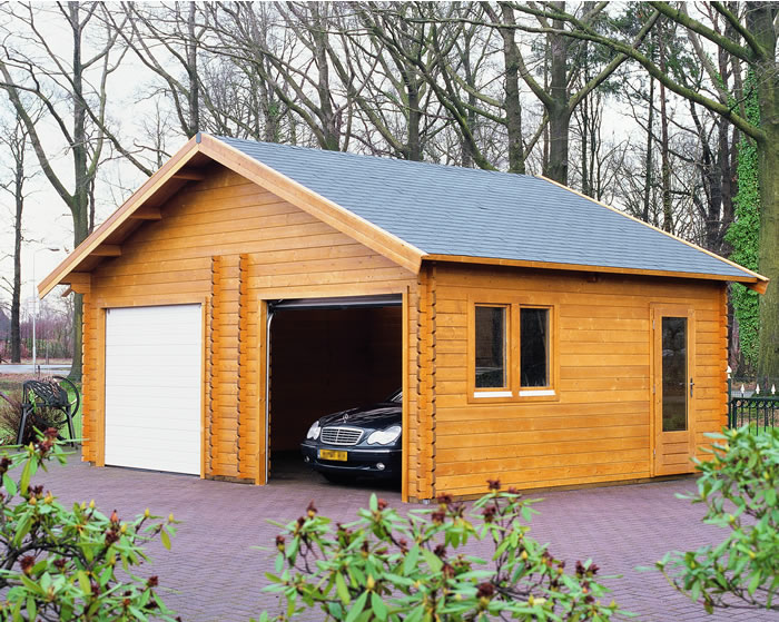 Log cabins lugarde garages for Log cabin house plans with garage